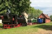 Všechny tři úzkorozchodné lokomotivy SZD předdepem vTřemešné