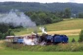 U57.001 sU46.002 stoupají knejvyššímu bodu trati zaTřemešnou veSlezsku