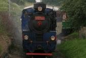 Lokomotiva U57.001 vjíždí doTřemešné veSlezsku