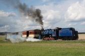 U57.001 vjíždí sesvým vlakem doSlezských Rudoltic