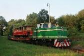 Otýden později přivezla Rosnička výletní vagón již vnovém, červeném kabátě