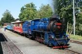 Sobotní odpoledne vOsoblaze slokomotivou U57.001 připravenou kodjezdu zpět doTřemešné veSlezsku