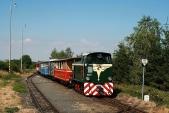 Lokomotiva TU38.001 vjíždí doLiptaně