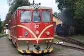 Osoblažské nádraží smodernizovanou lokomotivou 705913 aparní lokomotivou U57.001