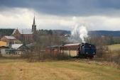 Parní vlak opouští Liptaň