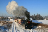 Souprava mikulášského vlaku připosunu vOsoblaze