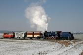 Parní vlak vjíždí doSlezských Rudoltic