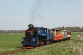 Parní vláček SZD slokomotivou U57.001 zaSlezskými Rudolticemi