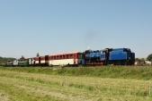 Parní vlak SZD opouští stanici Bohušov směrem doOsoblahy