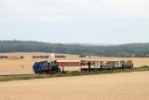 Zvláštní parní vlak zachycen mezi Amalínem aSlezskými Rudolticemi
