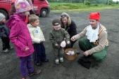 S trpaslíkem Kejchalem děti soutěžily v přenášení dračích vajec