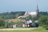 Parní vlak v čele s lokomotivou Malý Štokr odjíždí z Liptaně do Osoblahy