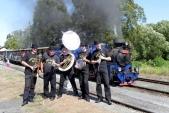 Stanleys Dixie Street Band doprovázel naše cestující ve vlaku.
