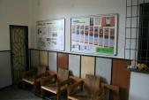 Čekárna ve staniční budově je od začátku roku 2013 nově vymalovaná a osazená nástěnkami s informacemi o Osoblažce i Osoblažsku.