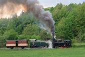 Vláček s lokomotivami U46.002 a TU38.001 mezi Třemešnou ve Slezsku a Liptaní