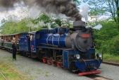 Symbolické vypravení parního vlaku výpravčím v Osoblaze
