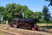 Vystavované exponáty v sobotu odpoledne doplnila také parní lokomotiva Ty42-24.