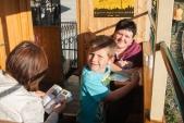 Na děti čekaly ve výletním voze omalovánky