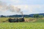 """Parní vláček s lokomotivou """"Rešica"""" se blíží k cíli své cesty - do Slezských Rudoltic"""