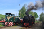 Posun v Třemešné s lokomotivami TU38.001 a U46.002.