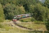 Nejmenší oblouk na trati mezi Třemešnou a Liptaní s lokomotivou TU38.001