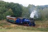 Parní vlak v nejmenším oblouku na trati mezi Liptaní a Třemešnou.