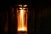 Večerní náladovkou z kanálu v depu v Třemešné se loučíme s rokem 2015.
