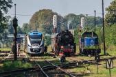 Pouze jeden víkend v roce je na nádraží v Raclawicach Sląskich takto rušno...