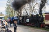 Obě parní lokomotivy jsou již připraveny k odjezdu prvního parního vlaku roku 2017.