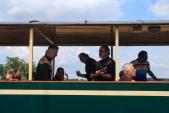Kapela Country sousedi hrála cestujícím přímo ve vlaku.
