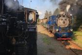 Historicky první křižování parních vlaků SZD a po 60 letech první křižování parních vlaků na Osoblažce. Liptaň, 28.9.2018, 16:28.