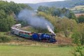 Parní vlak s Malým štokrem projíždí nejmenší oblouk na trati.