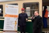 Náměstek hejtmana Daniel Havlík řekl při slavnostním představení vagónu pár slov. Třemešná ve Slezsku, 7.11.2015.