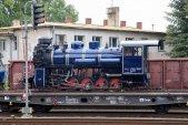 """Pondělí 8. června a čerstvě nalakovaná lokomotiva se chystá na svou cestu zpět """"domů"""" do Třemešné."""