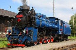 parní lokomotiva U57.001
